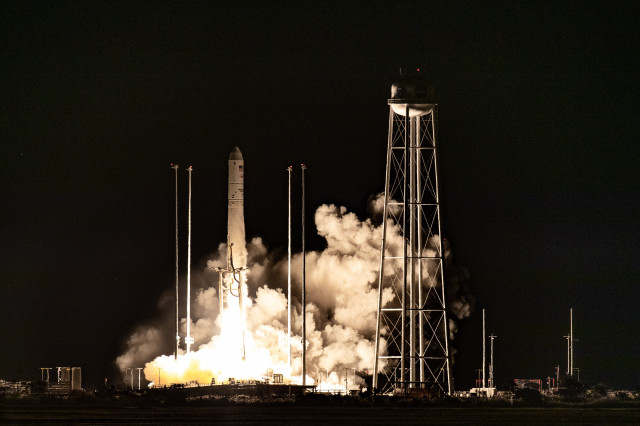 Antares Rocket Launches to the Space Station